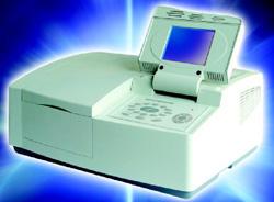 Spektrofotometr UV-VIS T70 firmy PG Instruments