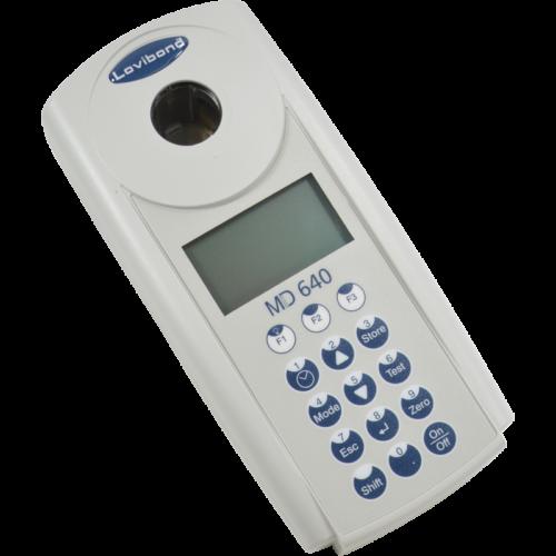 Przenośny fotometr MD 640 firmy Lovibond Tintometer
