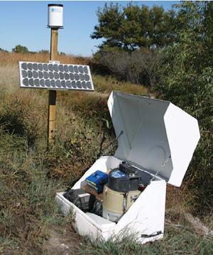 Stacja monitoringu jakości oraz ilości wód powierzchniowych oraz ścieków INTERFEJS URZĄDZEŃ PERYFERYJNYCH 2105 firmy TELEDYNE ISCO